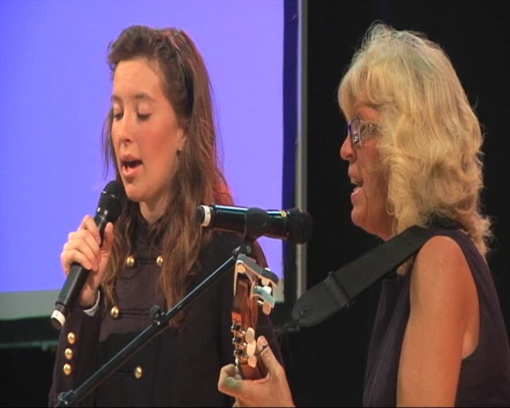Evangeliske sanger på Sunnmøre - Sang og musikkveld - del 1